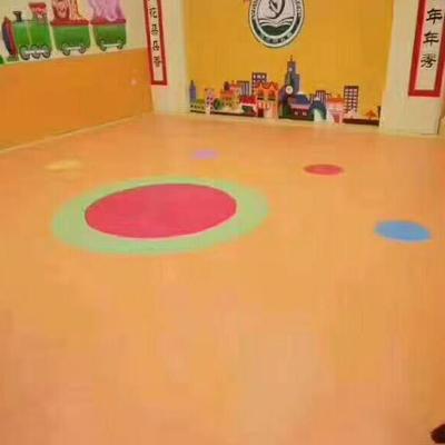 幼儿园室内地板