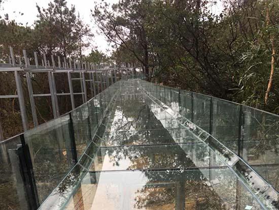 玻璃水滑道施工流程
