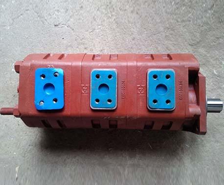 高壓三聯油泵