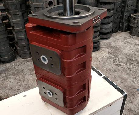 花键右旋双联油泵