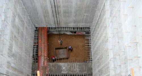 水下沉井安装作业