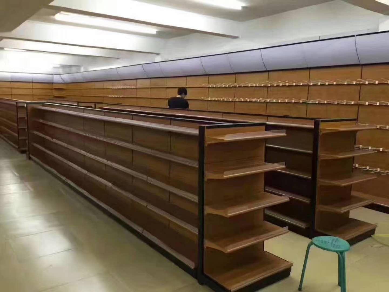 超市貨物擺放展櫃