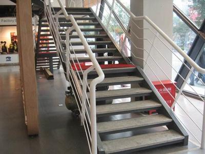 石家庄钢构楼梯