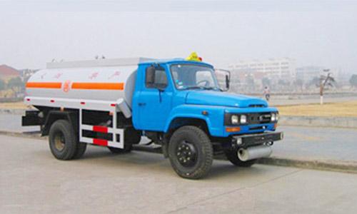 东风油罐车