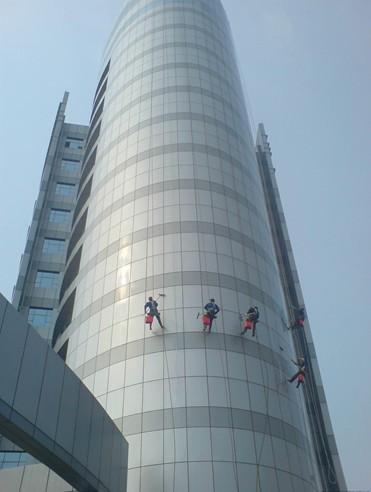 【文章】烟囱亮化 专业冷却塔内壁外壁防腐
