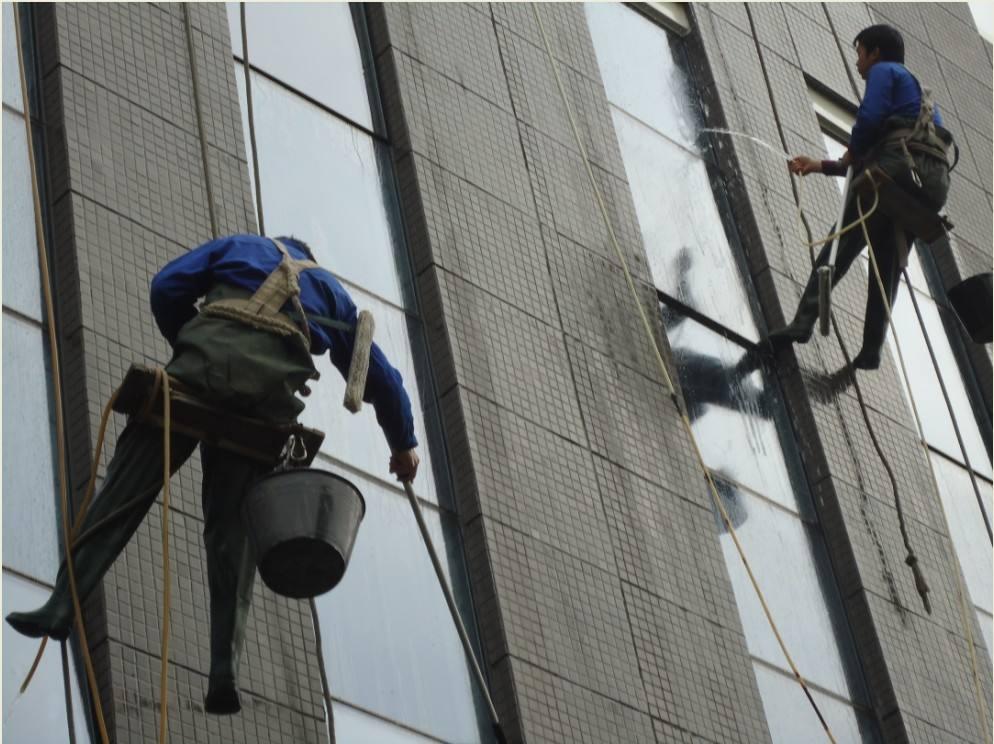 高楼外墙清洗