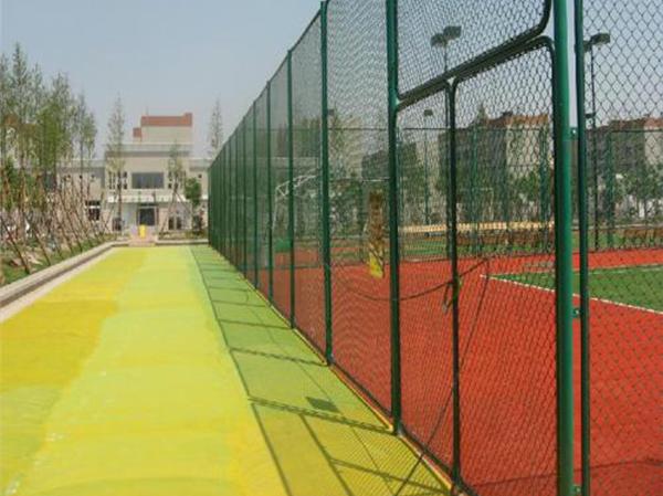 球场护栏网施工