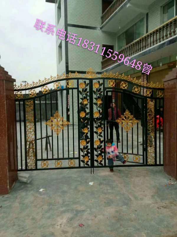 遵义铁艺护栏—庭院大门