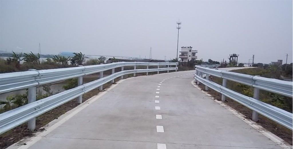 桐梓高速公路护栏