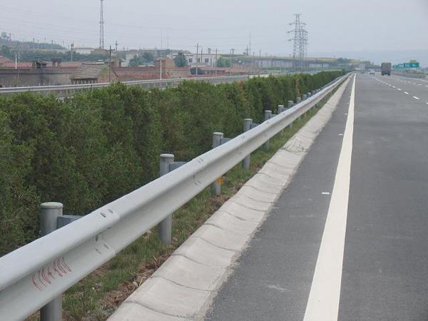 遵义铝制高速护栏