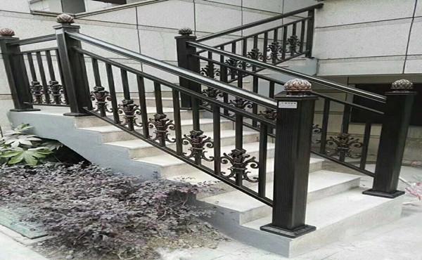贵阳铝合金楼梯护栏