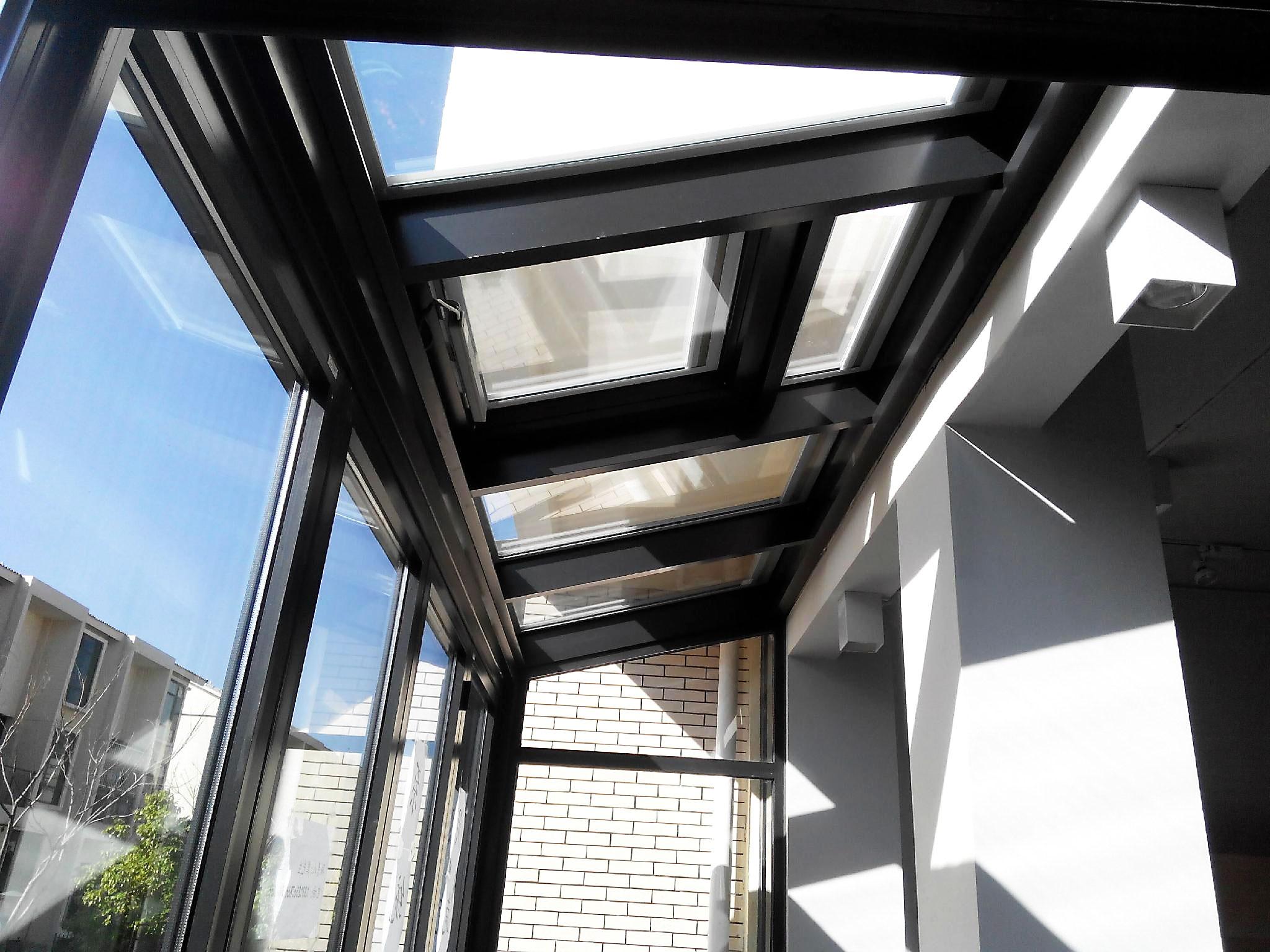 断桥铝上悬窗-山东断桥铝门窗