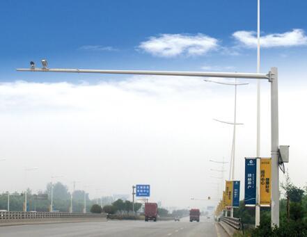郑州电警杆