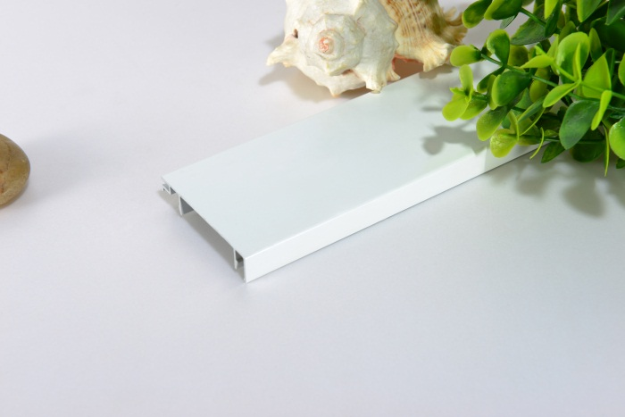 济南无障碍扶手厂家生产白色踢角线