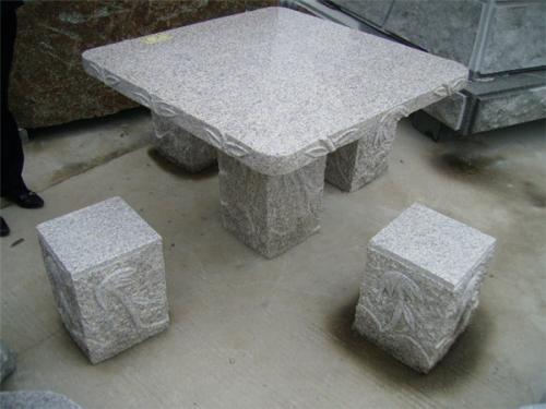 贵州石桌子