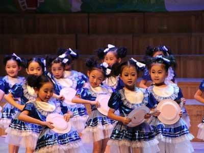 少儿专业舞蹈培训