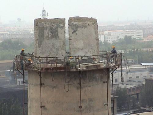 150米水泥人工拆除工程