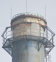 黄山市210米烟囱安装平台,爬梯护网,避雷针,航标灯