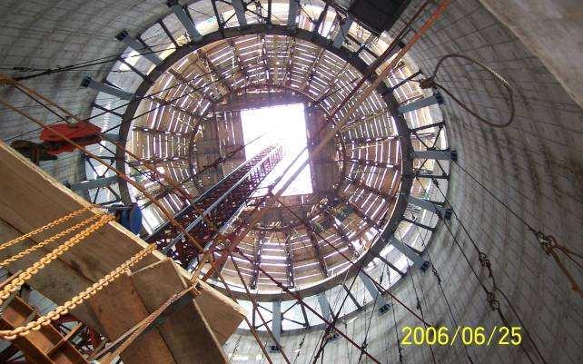 浙江省180米水泥烟囱内壁防腐脱硫工程