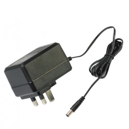 15W線性插墻式電源適配器
