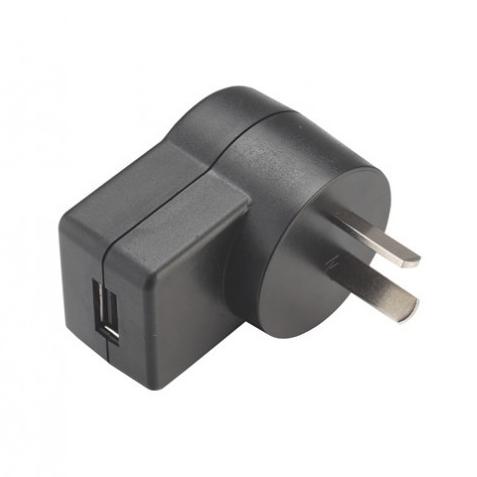 USB万博车充6W