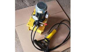 云南32型液压弯曲调直机