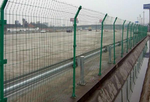 铁丝网防护网