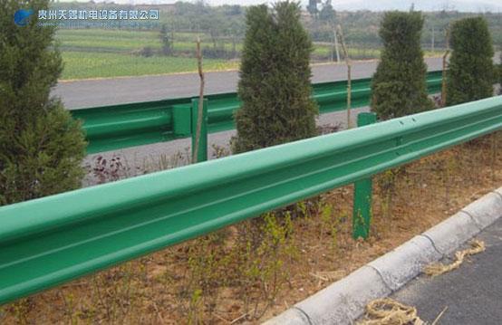 贵州波形护栏厂家