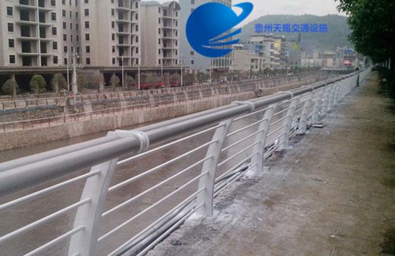 六盘水桥梁护栏