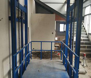 工厂用货梯