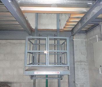 建筑升降机