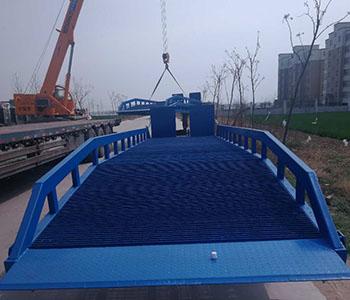 海洋运输登车桥