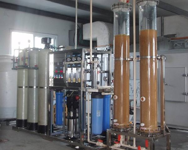 中效活性炭过滤机组安装