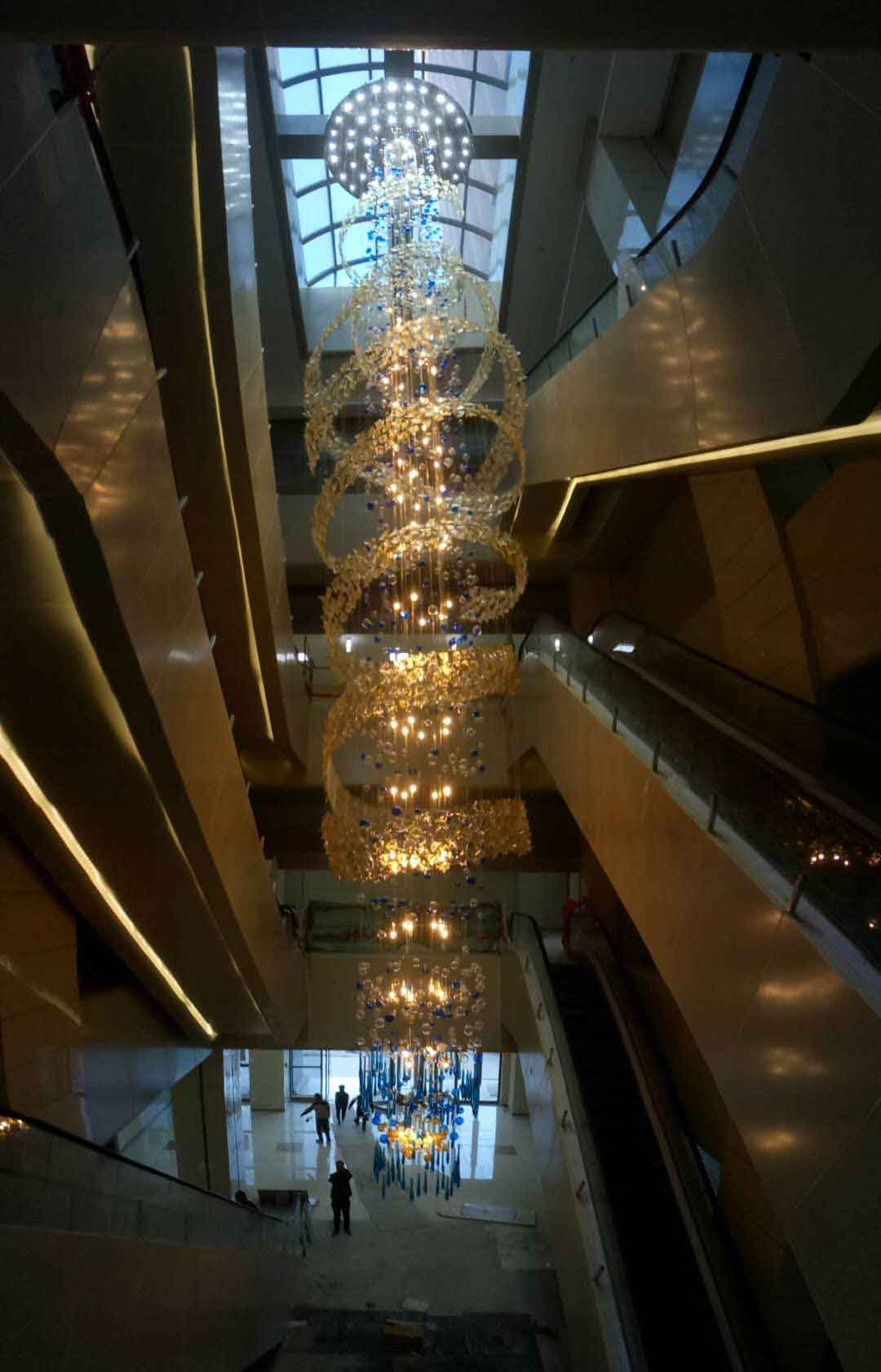 哈尔滨河南文化大厦中堂吊灯