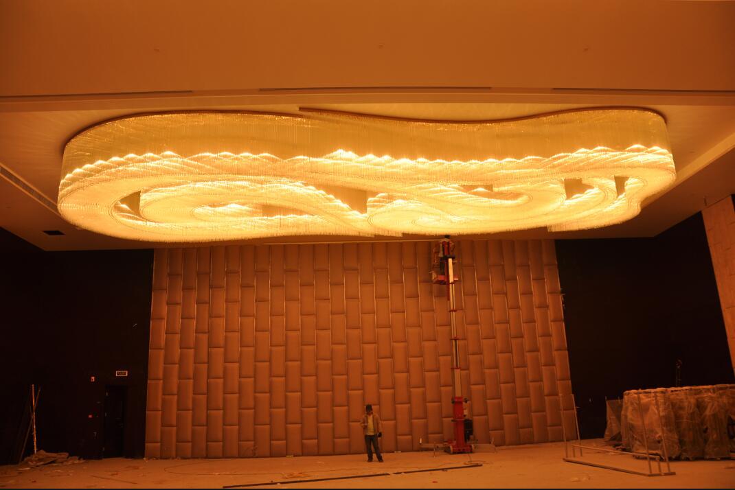 桂林大图酒店大堂龙云水晶灯