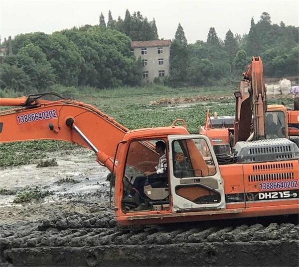 宜昌水陆两用挖掘机租赁公司