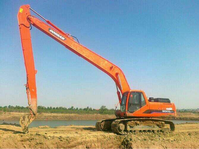 武汉挖掘机出租厂家