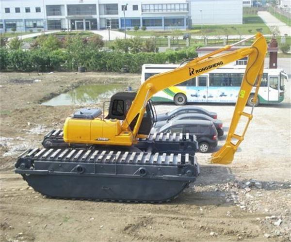水陆挖机出租价格
