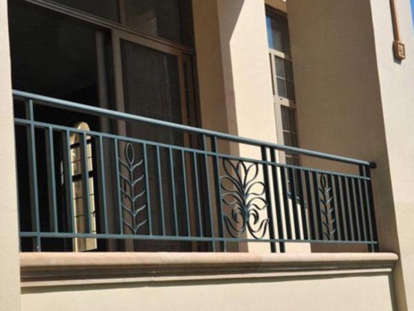 遵义铁艺阳台栏杆