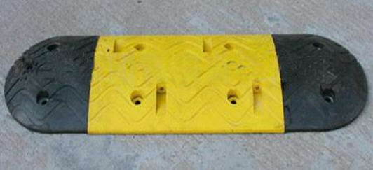 黄石橡胶减速带B型