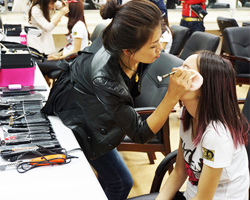哈尔滨一对一化妆培训