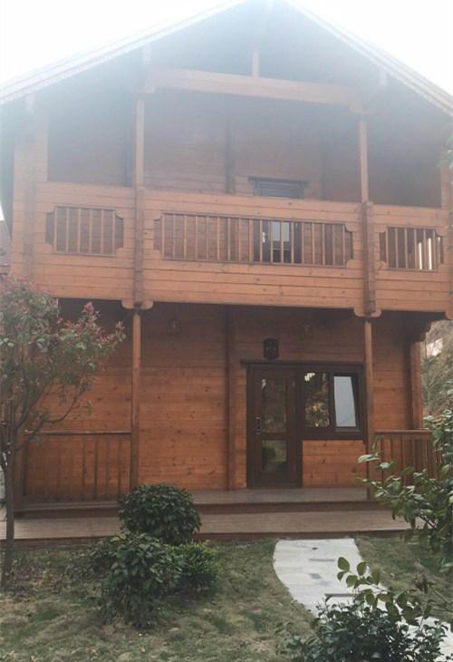 室外防腐木木屋多少钱