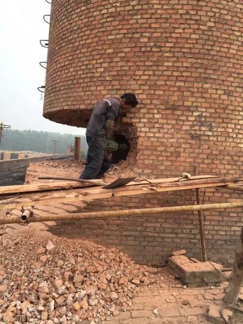 砖烟囱拆除施工方案