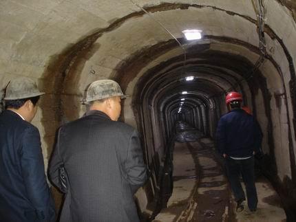 礦井巷道堵漏施工