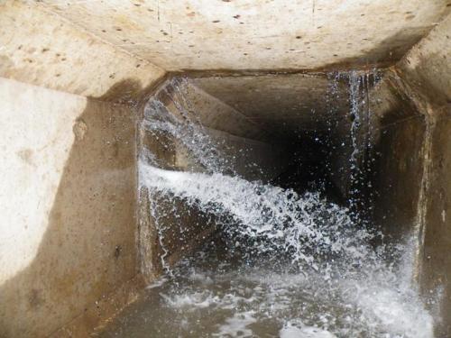 水池伸缩缝补漏堵漏