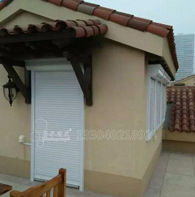 防盗卷帘窗