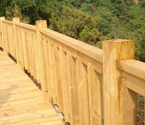 兴义防腐木护栏