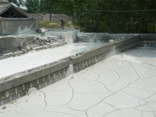 石灰油刷墙