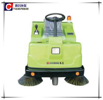 LCY-1550电动驾驶式扫地机