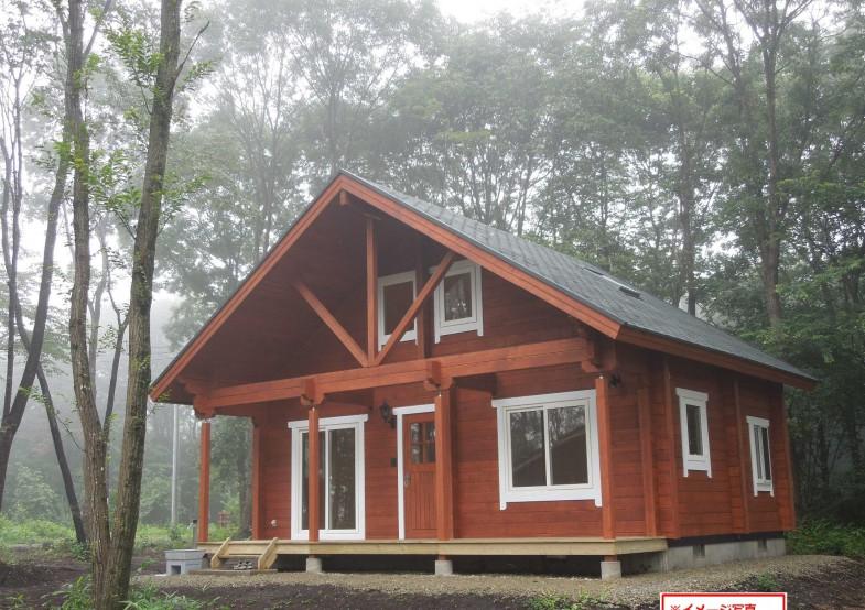 两层木房子